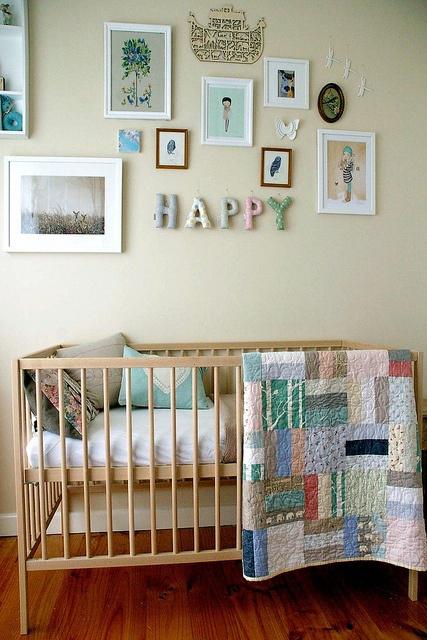 Dossier pr parer la chambre de b b le lit for Preparer la chambre de bebe